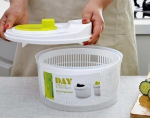 10 Best Salad Spinner Reviews & Buyer's Guide for 2021