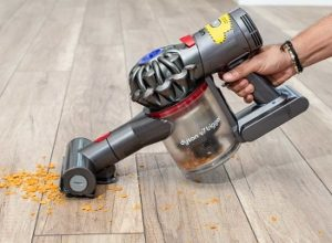 6 Best Dyson Vacuum for Hardwood Floors for 2020