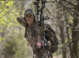Best Bow Hunting Backpack Reviews in 2020